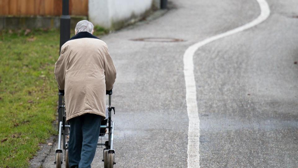 Studie: Angst der Deutschen vor Demenz fast so groß wie Kriegsangst
