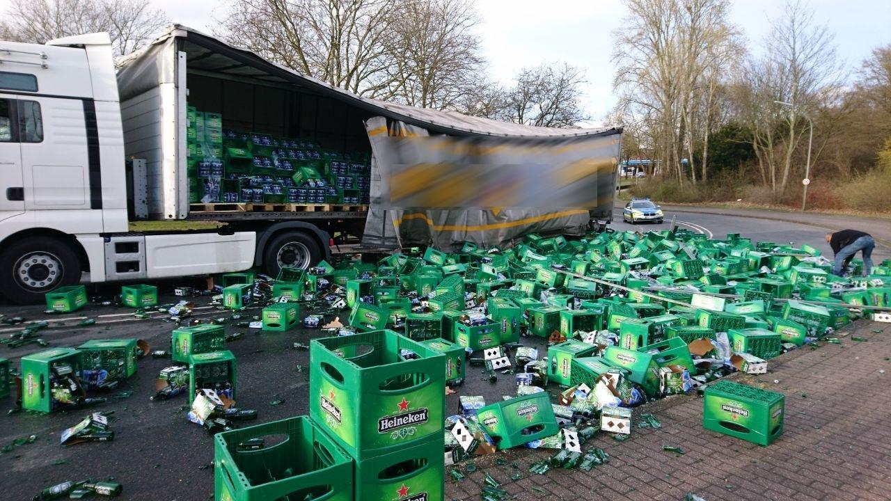 Operatives Ergebnis des Bierbrauers Heineken bricht um 80 Prozent ein
