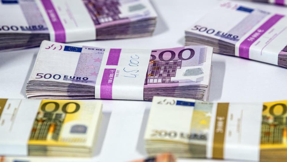 Billionen-Spritze fürs System: EU wirft Finanz-Regulierung kurzerhand über Bord