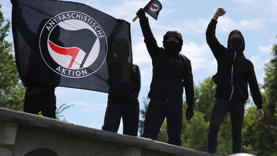 """Die Antifa dreht durch: """"Wir rufen auf zu Angriffen auf den Staat"""""""