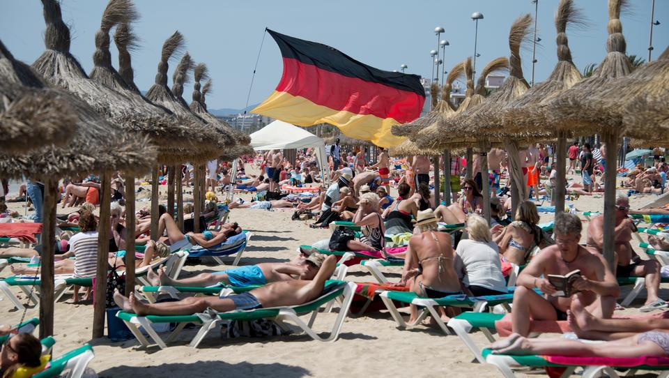 Mallorca will wieder bis zu 10.900 Deutsche einreisen lassen