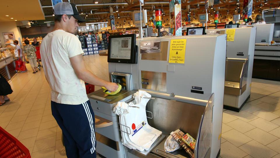 Supermarktkette Tegut eröffnet High-Tech-Markt ohne Kassierer