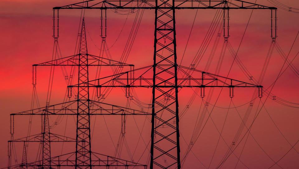 Folgen der Energiewende: Bund verhindert drastischen Anstieg der Strompreise mit Steuer-Milliarden