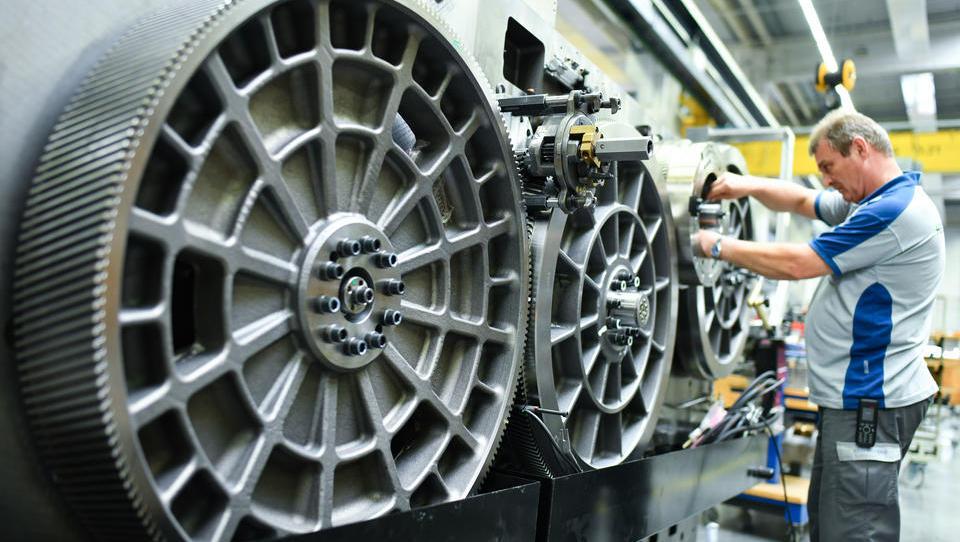 Aufträge von Maschinenbauern brechen massiv ein