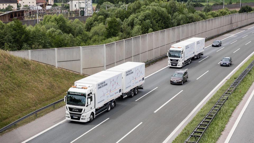 Der autonom fahrende Lkw: Konzerne profitieren, die Kleinen bleiben auf der Strecke