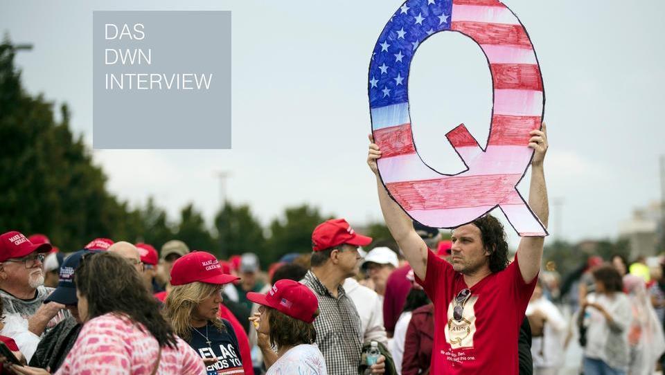 Wer die Menschen vor QAnon schützen will, muss sie vor der wirtschaftlichen Verzweiflung schützen