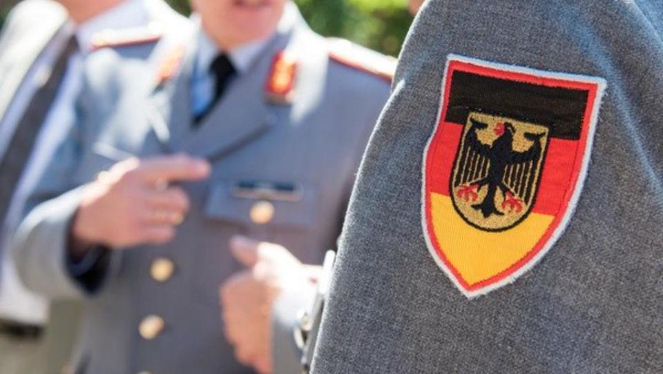Verteidigungsministerium stoppt Schließung von Bundeswehr-Standorten