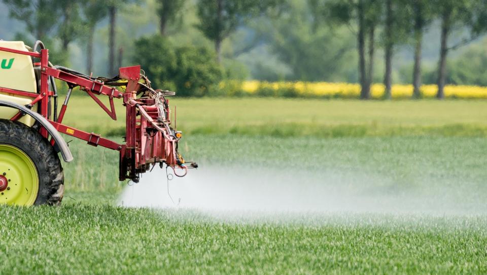 EU-Kommission nicht fähig, das Ausmaß des Pestizid-Risikos einzuschätzen