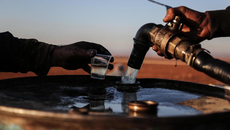 US-Firma schließt bedeutenden Ölvertrag mit syrischen Kurden ab