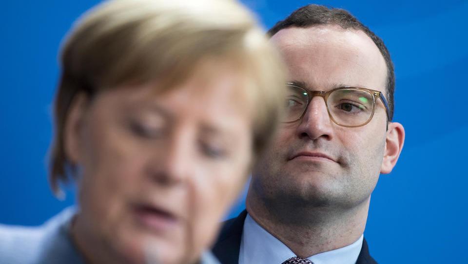 NRW: Beherbergungs-Verbot hat Akzeptanz der Corona-Maßnahmen im Volk kaputtgemacht