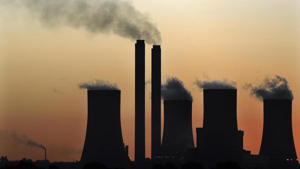 Südafrika stellt viertgrößtes Kohlekraftwerk der Welt fertig