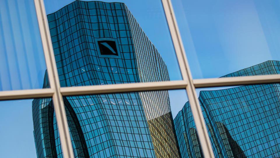 Aufstand bei der Deutschen Bank: Callcenter-Mitarbeiter streiken seit Wochen für höheres Gehalt
