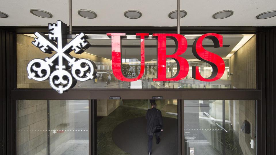 Totalausfall bei Computersystem der UBS Bank, Bargeld-Abhebung nicht möglich