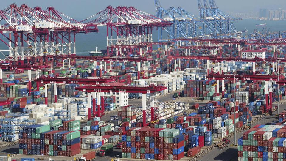 Chinas Export floriert: Masken und PCs in Corona-Zeiten sehr gefragt