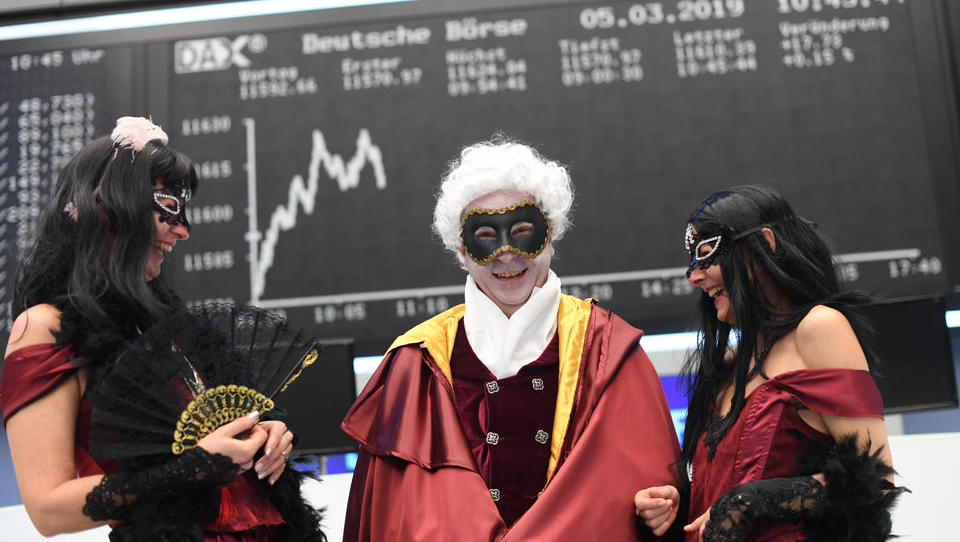 Realwirtschaft spielt keine Rolle mehr: Dax steigt auf mehr als 13.300 Punkte