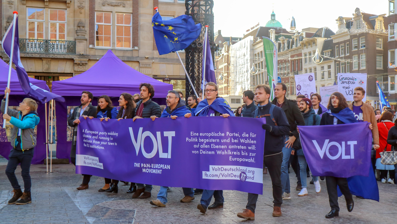 """Pan-europäische Partei """"Volt Europa"""" will in den Bundestag einziehen"""