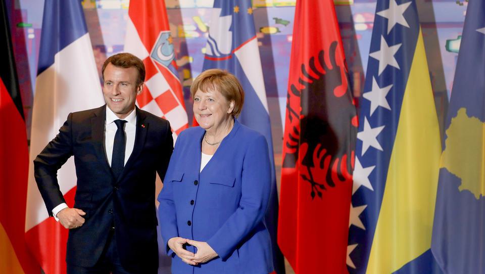 Impfstoff-Diplomatie: EU liefert hunderttausende Impfdosen auf den Balkan