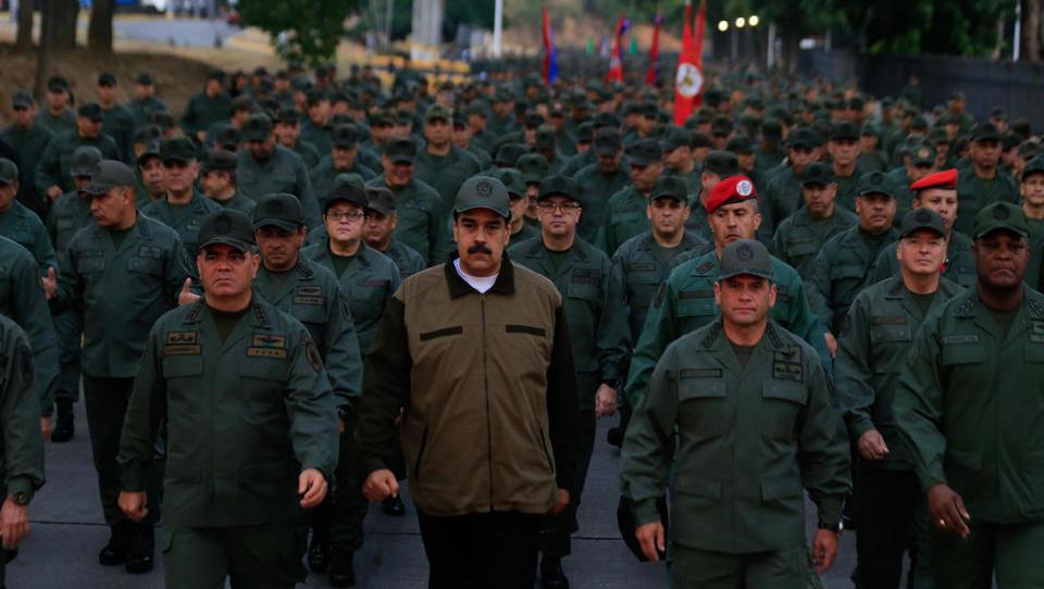 Showdown in der Karibik: Iran schickt Ölkonvoi nach Venezuela, US-Marine verstärkt Präsenz von Kriegsschiffen