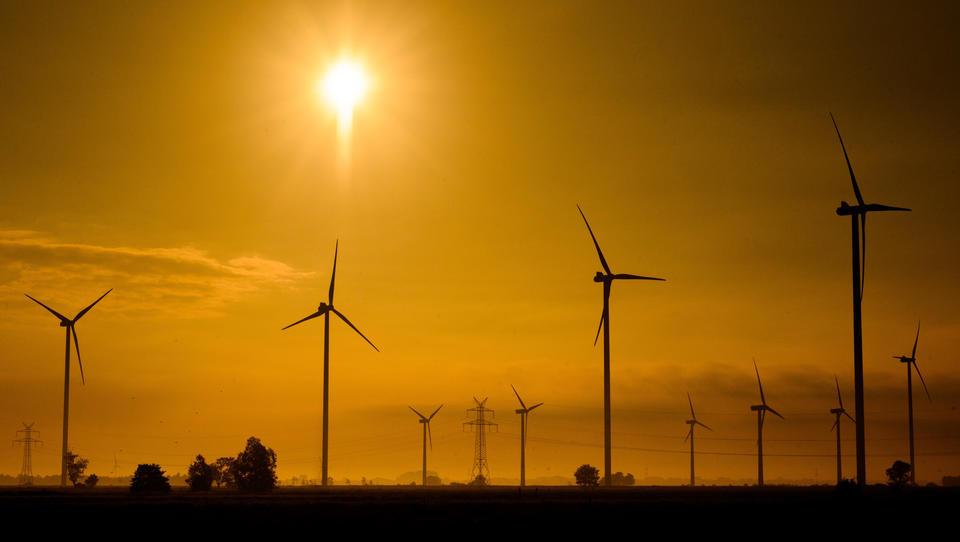 Altmaier verteidigt Abstandsregeln: Windkraftgipfel geht ohne Ergebnisse zu Ende