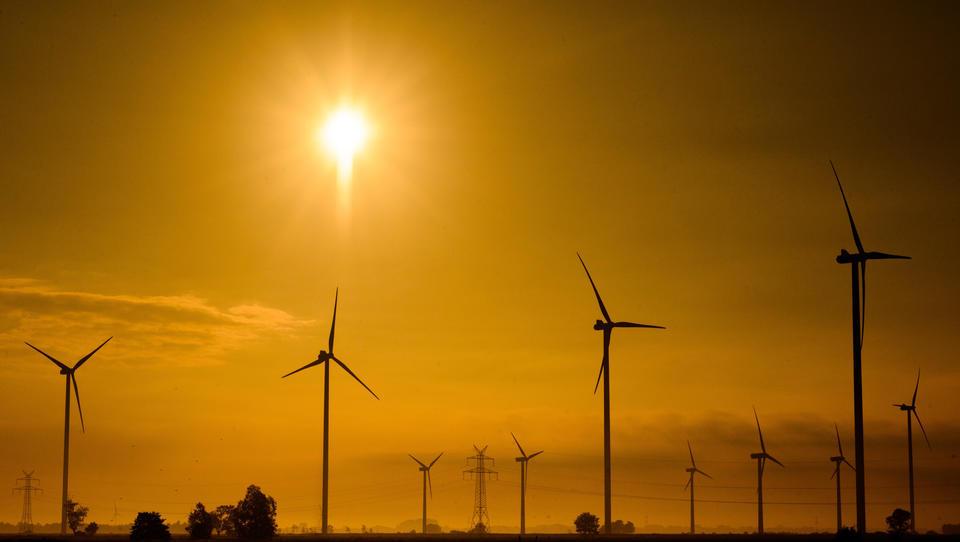 Studie: Höhere Windgeschwindigkeit gibt angeschlagener Windkraft-Branche wieder Auftrieb