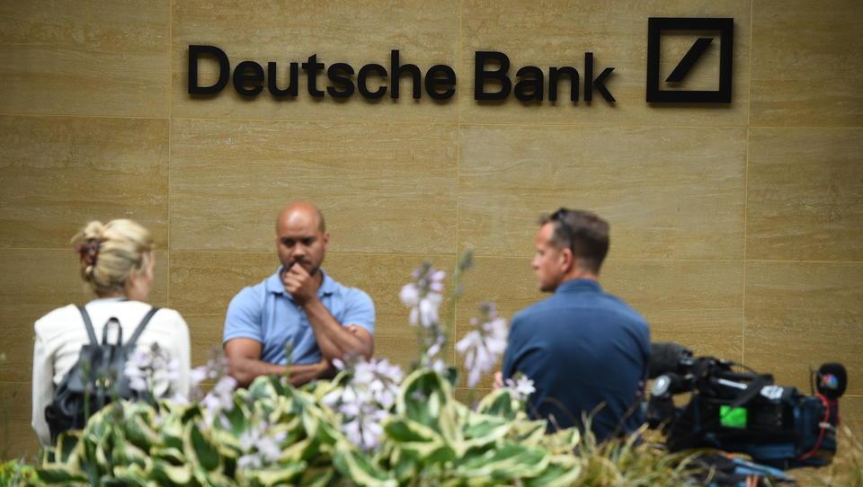Deutsche Bank will tausende Mitarbeiter durch Algorithmen ersetzen