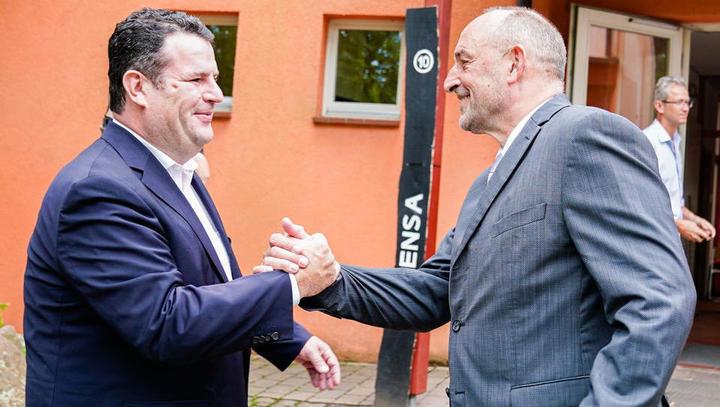 Sozialleistungen: Staat fordert von Minderjährigen 274 Millionen Euro zurück