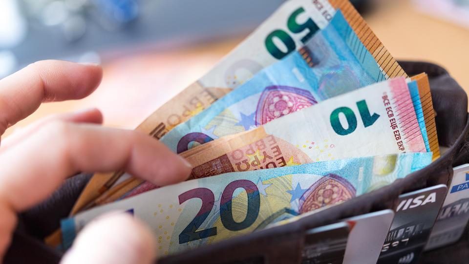 Faktencheck: Von Bargeld geht keine Corona-Infektionsgefahr aus