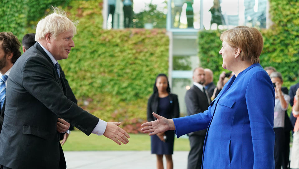 Brexit reißt 75-Milliarden-Lücke in EU-Kasse, Deutschland übernimmt