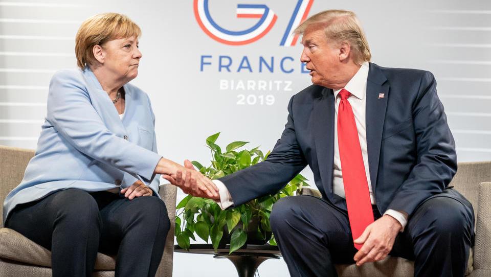 Fall Huawei: Merkel widersteht Druck der US-Regierung, nun folgt Palastrevolte von CDU-Abgeordneten