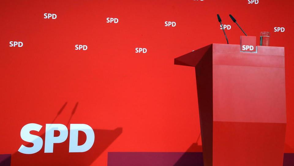 SPD muss Wert ihres Firmen-Imperiums deutlich nach unten korrigieren