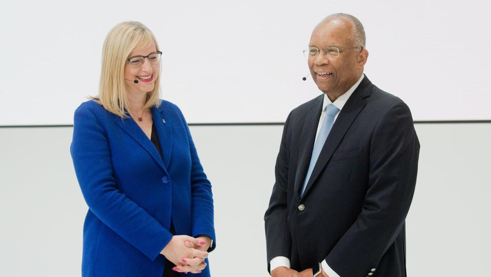 Volkswagen: Kontrolleur des US-Justizministeriums bleibt unerwartet länger in Wolfsburg