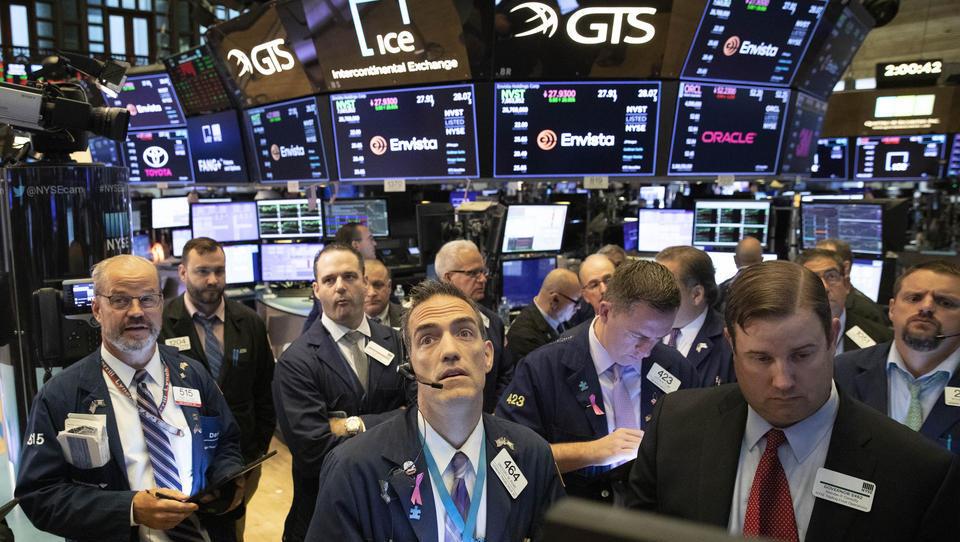 Firmen-Insider stoßen auf breiter Front Aktien ab