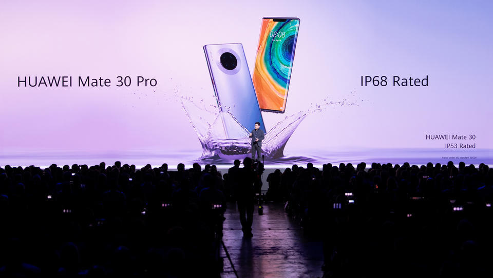 Beginnt die Abkopplung der Supermächte? Huawei baut erstmals Handy ohne US-Bauteile