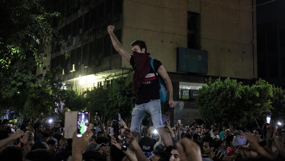 Nach Protesten: Ägypten schaltet Social Media-Kanäle ab