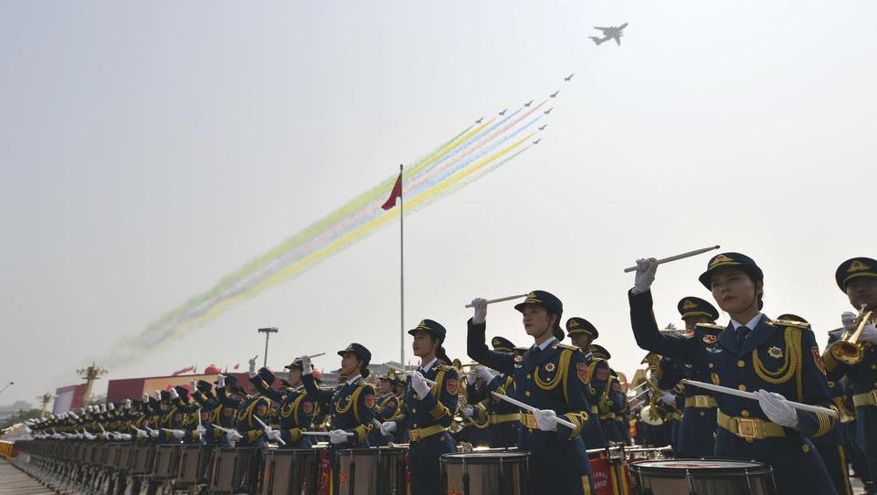 China begeht Nationalfeiertag mit größter Militärparade der Geschichte