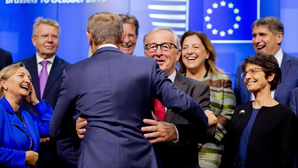 Einigung bei Brexit-Verhandlungen: Johnson muss um Zustimmung des Parlaments bangen