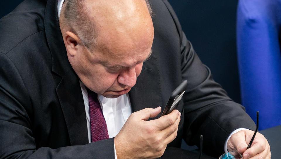 Günstigen Zeitpunkt abgepasst: Altmaier will deutsche Unternehmen verstaatlichen