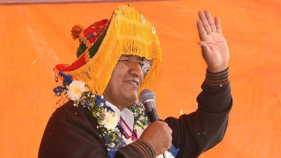 Bolivien: Morales flieht nach Mexiko, im Land brechen Unruhen aus
