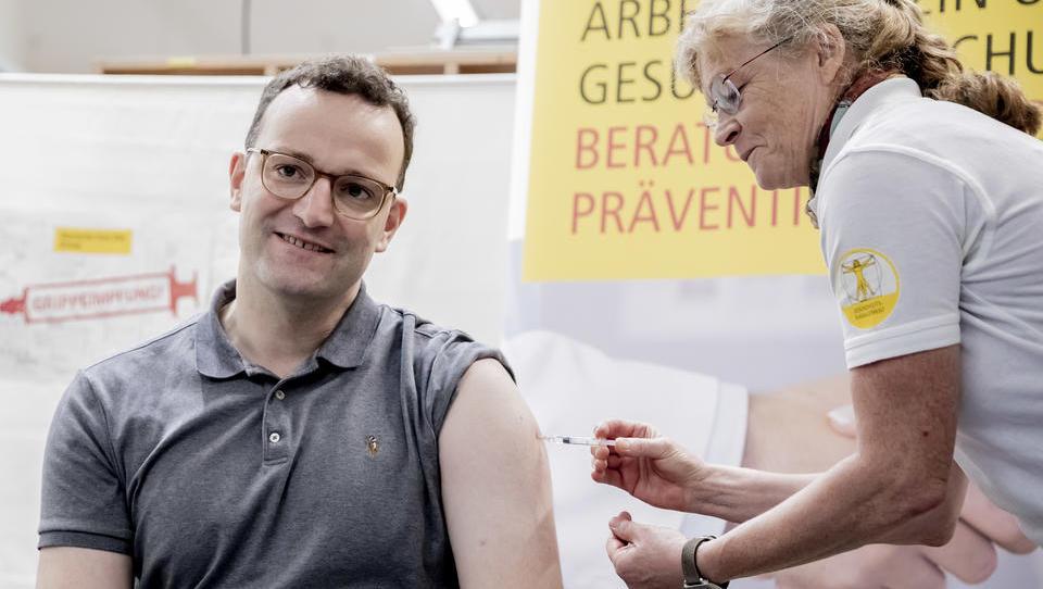 Gesundheitsminister Spahn schmiedet internationale Corona-Impfstoffallianz