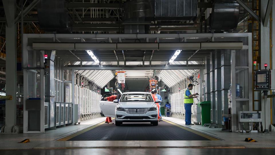 Der Abschwung im globalen Automarkt in vier Grafiken