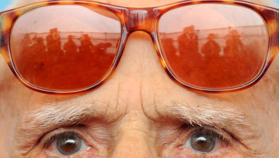 Bürger gegen Bürger: Italien heuert zehntausende Spitzel an, um Abstandsregeln zu überwachen