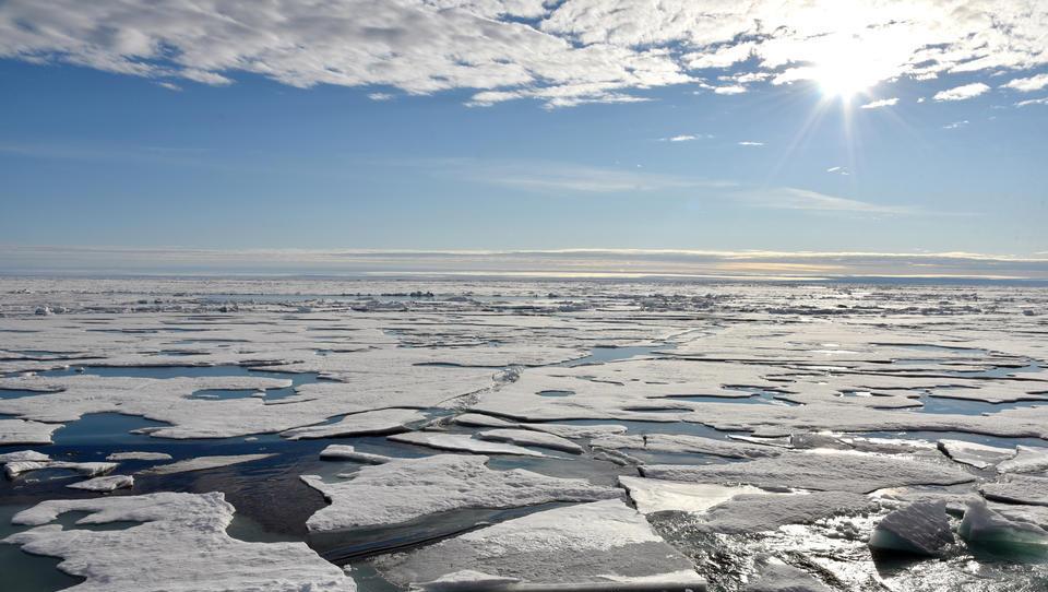 Russland baut 42 Eisbrecher-Tanker für die Arktis