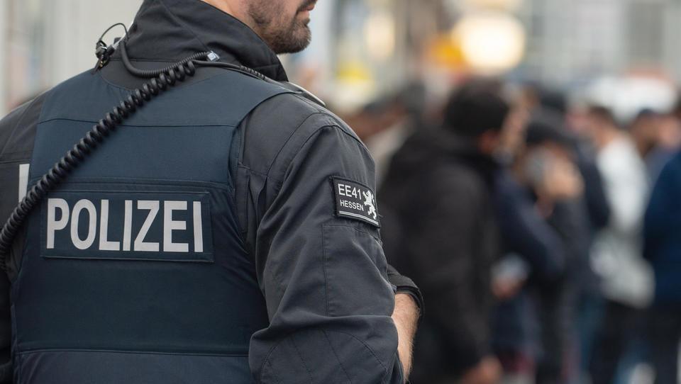 Terrorismus-Vorwurf: Razzia gegen Linke an der Uni Frankfurt