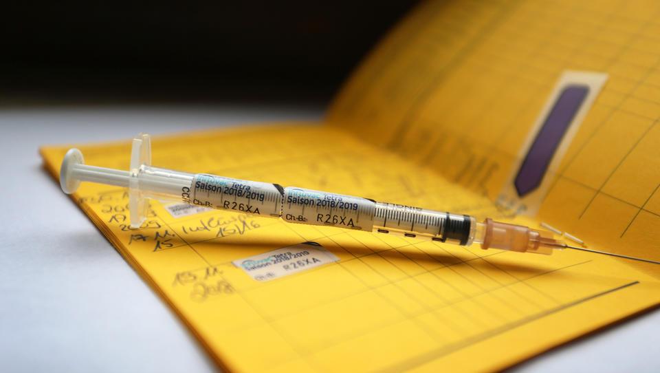 2021: Reisen nur noch mit Corona-Impfung? Digitaler Gesundheitspass wird zur Realität