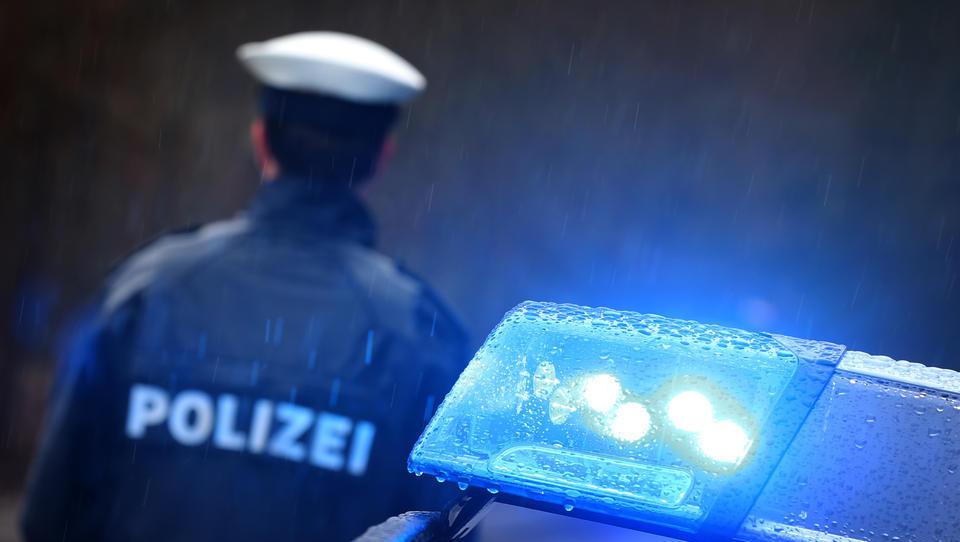 """Nach Hass-Kolumne gegen Polizei: """"taz""""-Journalistin bittet um Polizeischutz"""