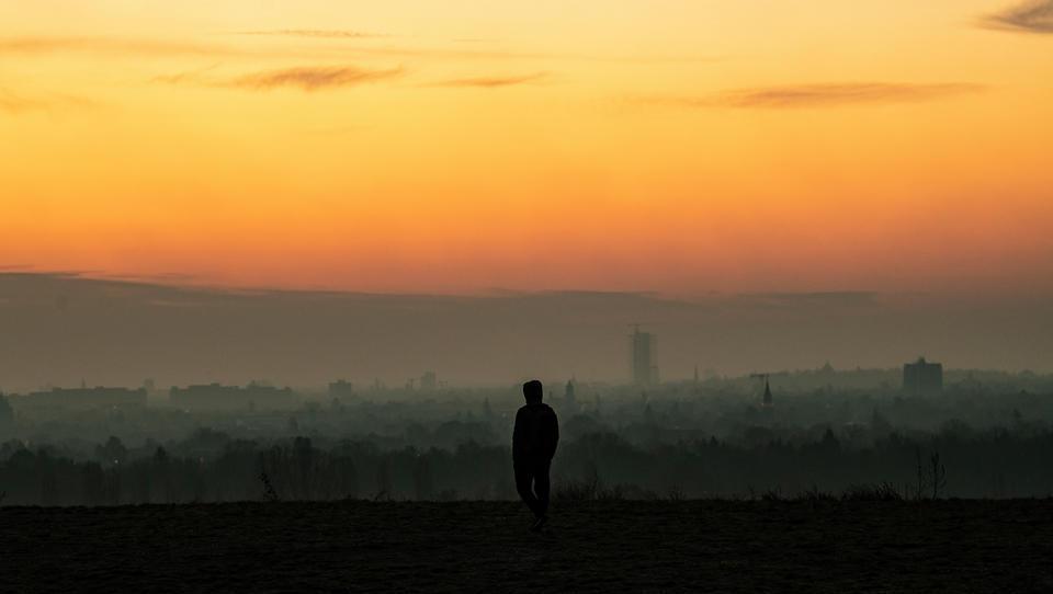 Deutschland: Bundesamt erwartet weiteren Anstieg der Zahl von Alleinlebenden