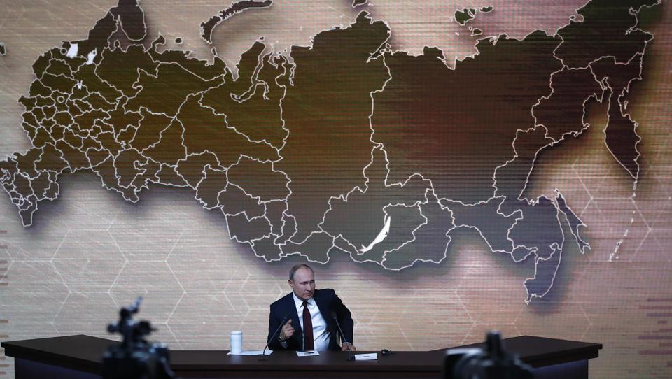 """Putin: """"Es ist kaum vorstellbar, dass Trump wegen komplett erfundener Vorwürfe aus dem Amt geworfen wird"""""""