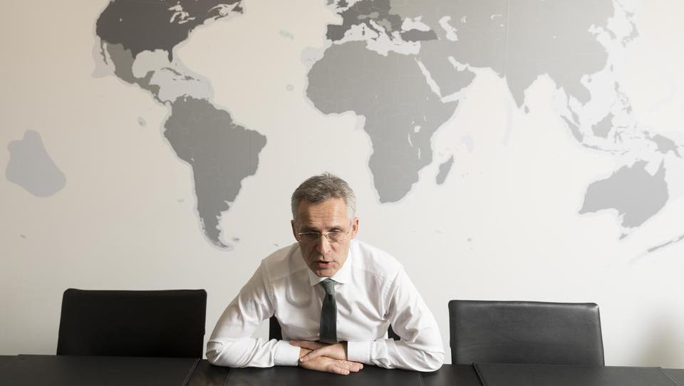 Nato beschwört Gegensatz zu Russland und China, aber die EU folgt ihrem eigenen Weg
