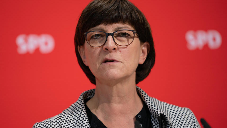 """Esken bereitet Deutsche vor: """"Niemand muss Angst vor Rot-Rot-Grün oder Rot-Grün-Rot haben"""""""