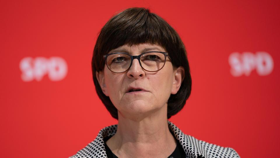Auch Saskia Esken schweigt zur massiven Antifa-Gewalt in Leipzig